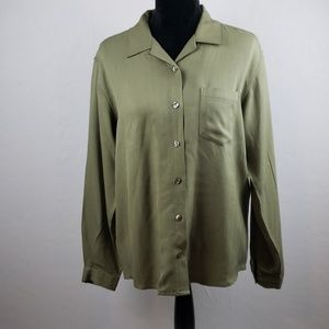 Tommy Bahama 100% Silk Green Buttoned Blouse